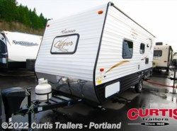 New 2016  Coachmen Clipper 17fq