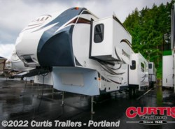 Used 2014  Dutchmen Denali 293RKS by Dutchmen from Curtis Trailers in Portland, OR