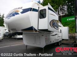 Used 2011  Keystone Montana 3465SA by Keystone from Curtis Trailers in Portland, OR