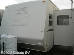 Used 2003  R-Vision Trail-Bay TB27DS