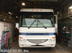 Used 2004  Damon Challenger 348W by Damon from 83 RV, Inc. in Mundelein, IL