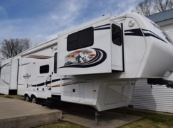 Used 2012  Keystone Montana Mountaineer 3750FL by Keystone from Diamond RV Centre, Inc. in West Hatfield, MA