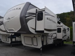 New 2017  Keystone Montana 3950BR by Keystone from Diamond RV Centre, Inc. in West Hatfield, MA