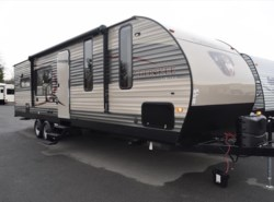 Used 2017  Forest River Cherokee 274RK by Forest River from Diamond RV Centre, Inc. in West Hatfield, MA