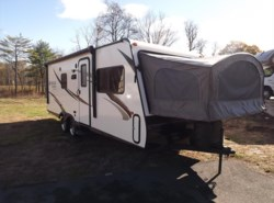 Used 2015  Dutchmen Kodiak Express 222ES by Dutchmen from Diamond RV Centre, Inc. in West Hatfield, MA