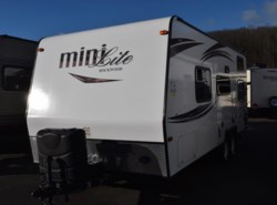 Used 2015  Forest River Rockwood Mini Lite 2306 by Forest River from Diamond RV Centre, Inc. in West Hatfield, MA