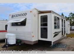 Used 2009  Forest River Rockwood Signature Ultra Lite 8319SS
