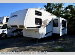 Used 2009  Keystone Cougar 316QBS by Keystone from Dick Gore's RV World in Saint Augustine, FL