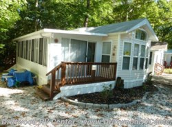 Used 2003  Forest River Summit 40FDSL by Forest River from Driftwood RV Center in Clermont, NJ