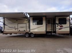 New 2017  Forest River Rockwood Signature Ultra Lite 8324BS by Forest River from All Seasons RV in Muskegon, MI