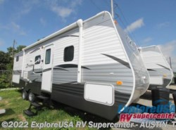 New 2017  CrossRoads Zinger ZT27BK by CrossRoads from ExploreUSA RV Supercenter - KYLE, TX in Kyle, TX