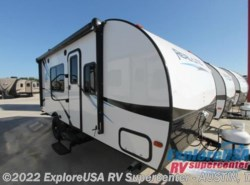 New 2017  Palomino Real-Lite Mini 18-X by Palomino from ExploreUSA RV Supercenter - KYLE, TX in Kyle, TX