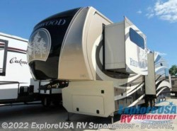 New 2017  Redwood Residential Vehicles Redwood 31SL by Redwood Residential Vehicles from ExploreUSA RV Supercenter - BOERNE, TX in Boerne, TX