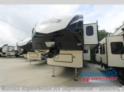 New 2017  Dutchmen Denali 335RLK by Dutchmen from ExploreUSA RV Supercenter - SEGUIN, TX in Seguin, TX