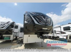 New 2017  Dutchmen Voltage Epic V4100 by Dutchmen from ExploreUSA RV Supercenter - SEGUIN, TX in Seguin, TX