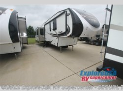 New 2016  Heartland RV Sundance 3280RES by Heartland RV from ExploreUSA RV Supercenter - SEGUIN, TX in Seguin, TX