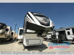 New 2017  Grand Design Momentum 397TH by Grand Design from ExploreUSA RV Supercenter - SEGUIN, TX in Seguin, TX