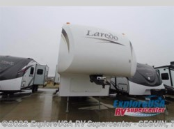 Used 2009 Keystone Laredo 320TRL available in Seguin, Texas