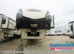 New 2017  Dutchmen Denali 335RLK by Dutchmen from ExploreUSA RV Supercenter - DENTON, TX in Denton, TX