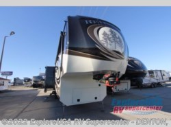 New 2017  Redwood Residential Vehicles Redwood 3901MB by Redwood Residential Vehicles from ExploreUSA RV Supercenter - DENTON, TX in Denton, TX
