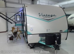 New 2017  Gulf Stream Vintage Cruiser 19ERD by Gulf Stream from Four Seasons RV Acres in Abilene, KS