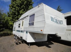Used 1998  Damon Hornet 285L by Damon from Fretz  RV in Souderton, PA