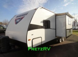 Used 2014  Winnebago Minnie 2451BHS by Winnebago from Fretz  RV in Souderton, PA