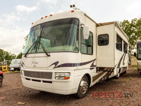 2005 National RV Dolphin 5376