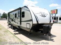 New 2017  Highland Ridge Ultra Lite 3110BH by Highland Ridge from Genuine RV Store in Nacogdoches, TX