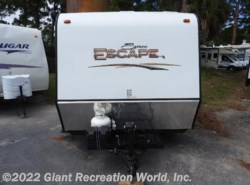 Used 2015  K-Z Spree Escape 17FKTH by K-Z from Giant Recreation World, Inc. in Melbourne, FL