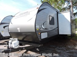 New 2017  Forest River  Catalina 321BHD by Forest River from Giant Recreation World, Inc. in Melbourne, FL