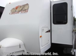 Used 2008  Gulf Stream Canyon Trail 32TFMK by Gulf Stream from Giant Recreation World, Inc. in Melbourne, FL