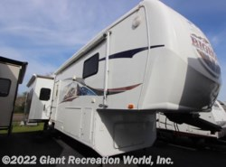 Used 2008  Heartland RV Bighorn 34RE by Heartland RV from Giant Recreation World, Inc. in Winter Garden, FL
