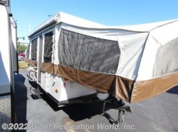 Used 2016 Forest River Rockwood FREEDOM 2318G available in Winter Garden, Florida