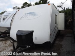 Used 2004  Keystone Zeppelin 26 by Keystone from Giant Recreation World, Inc. in Ormond Beach, FL