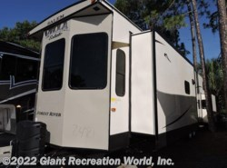 New 2017  Forest River  VILLA 4092BFL by Forest River from Giant Recreation World, Inc. in Ormond Beach, FL