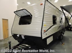 New 2017  Forest River  CLIPPER 17FQ by Forest River from Giant Recreation World, Inc. in Ormond Beach, FL