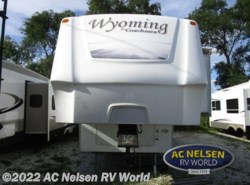 Used 2009  Coachmen Wyoming  364SIQS by Coachmen from AC Nelsen RV World in Omaha, NE