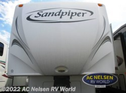 Used 2009  Forest River Sandpiper 345RET by Forest River from AC Nelsen RV World in Omaha, NE