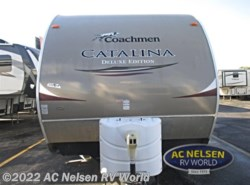 Used 2013  Coachmen Catalina Deluxe Edition 32BHDS by Coachmen from AC Nelsen RV World in Omaha, NE