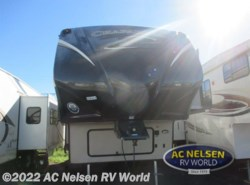 Used 2014  Coachmen Chaparral Lite 25IKS by Coachmen from AC Nelsen RV World in Omaha, NE