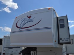 Used 2003  Forest River Cardinal 31LE by Forest River from Delmarva RV Center in Milford, DE