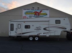 Used 2005  Fleetwood Prowler 305RLDS by Fleetwood from Delmarva RV Center in Milford, DE
