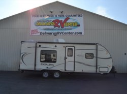 Used 2015  Coachmen Catalina 223FB by Coachmen from Delmarva RV Center in Milford, DE