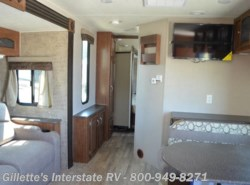 New 2016  Coachmen Freedom Express 276RKDS