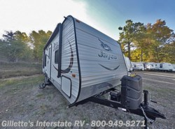 Used 2015  Jayco Jay Flight 23RB by Jayco from Gillette's Interstate RV, Inc. in East Lansing, MI