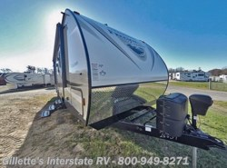 New 2017  Coachmen Freedom Express Special Edition 29SE by Coachmen from Gillette's Interstate RV, Inc. in East Lansing, MI
