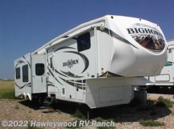 Used 2012  Heartland RV  BH 3185RL by Heartland RV from Hawleywood RV Ranch in Dodge City, KS