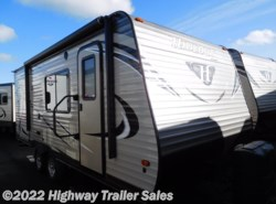 New 2017  Keystone Hideout 19FLBWE by Keystone from Highway Trailer Sales in Salem, OR