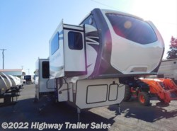 New 2018 Keystone Montana 3730FL available in Salem, Oregon